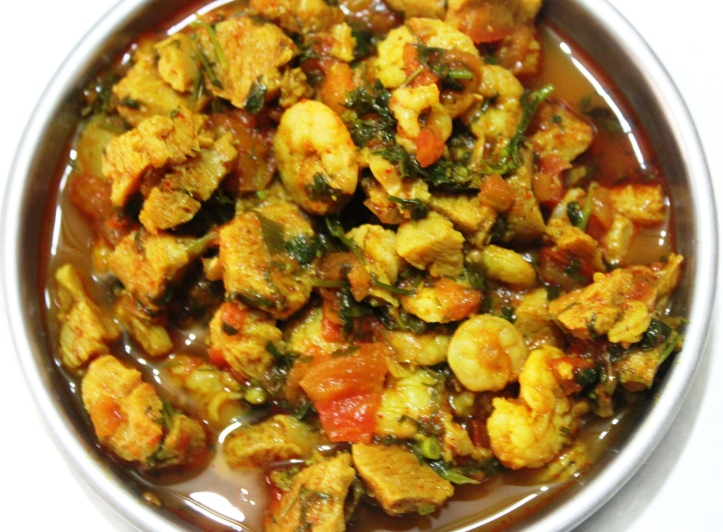 DELICIOUS BLEND: Soya Chunks & Prawns - Recipe in masalahealth.com