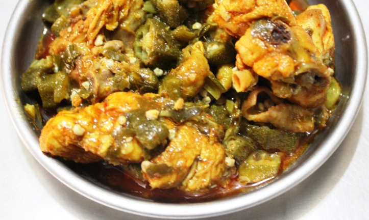 CHICKEN GRAVY: Chicken with Okra - Recipe in masalahealth.com