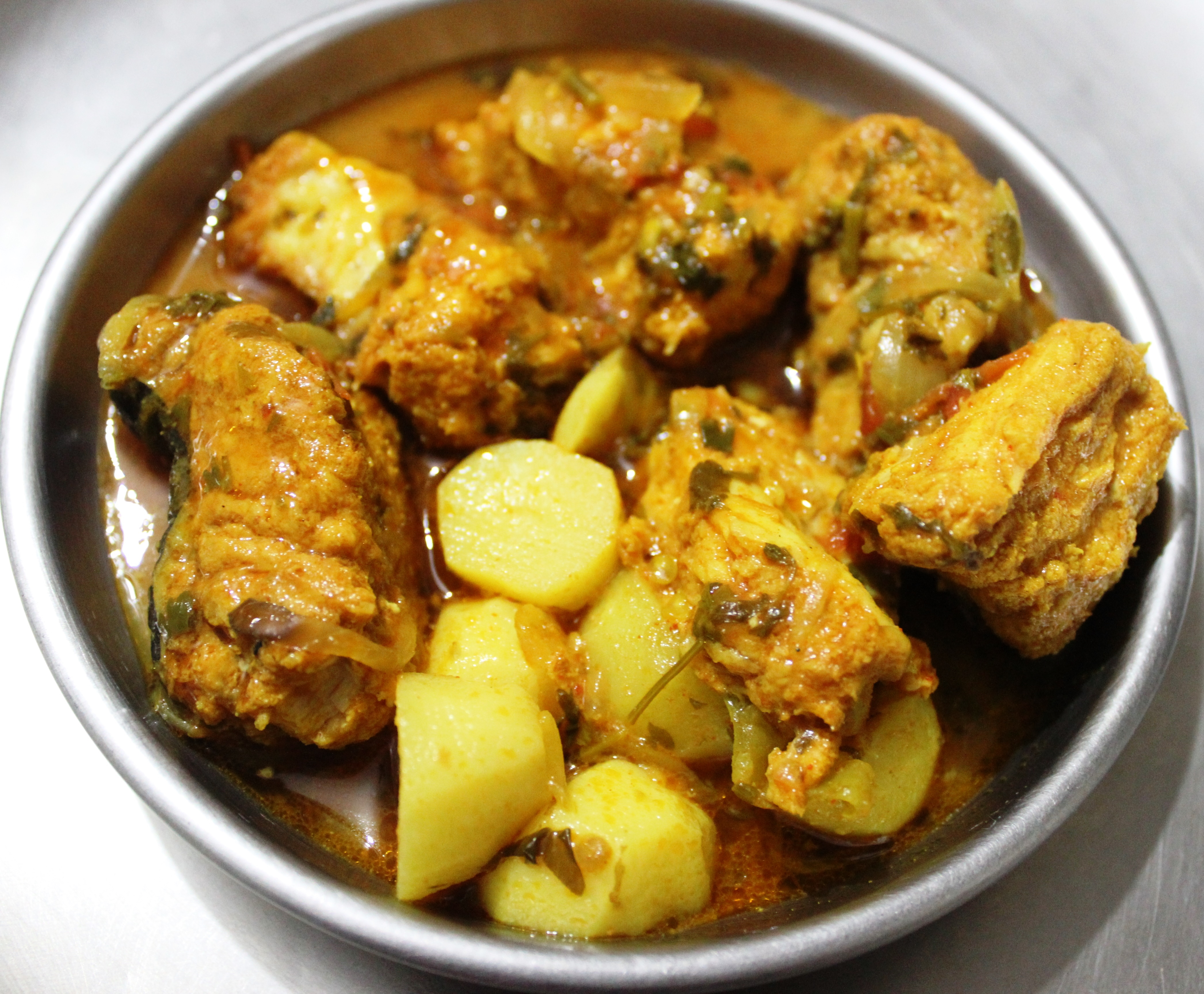 The Recipe of Delicious Eel/Vam Fish Curry – Quick Indian
