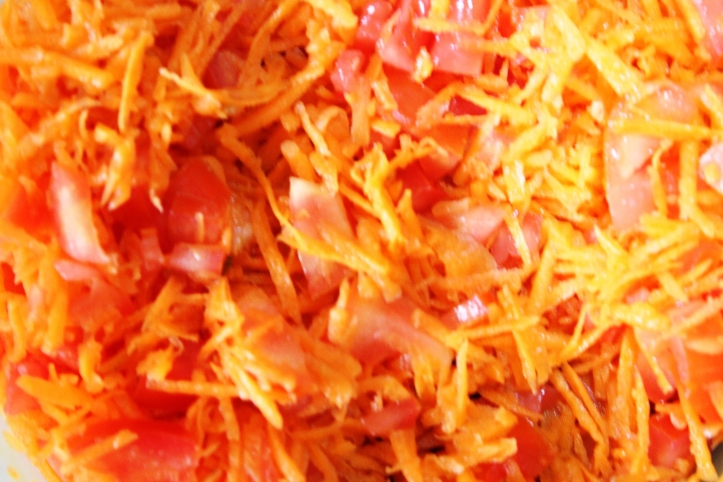 Photograph of Raw Vegetable Salad - salad of orange carrot and tomato: Recipe in masalahealth.com