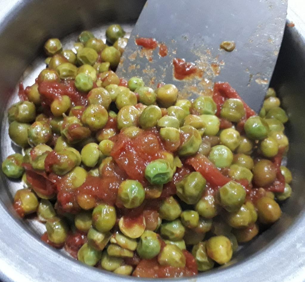 Spicy Fresh Green Peas - Recipe in MASALAHEALTH.COM