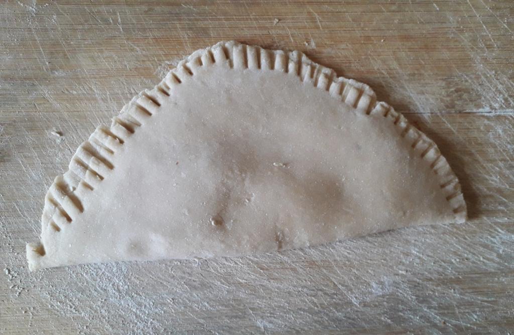 The stuffed paratha dough